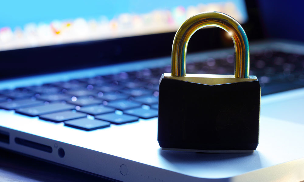 Meaningful Use and Security Risk Analysis